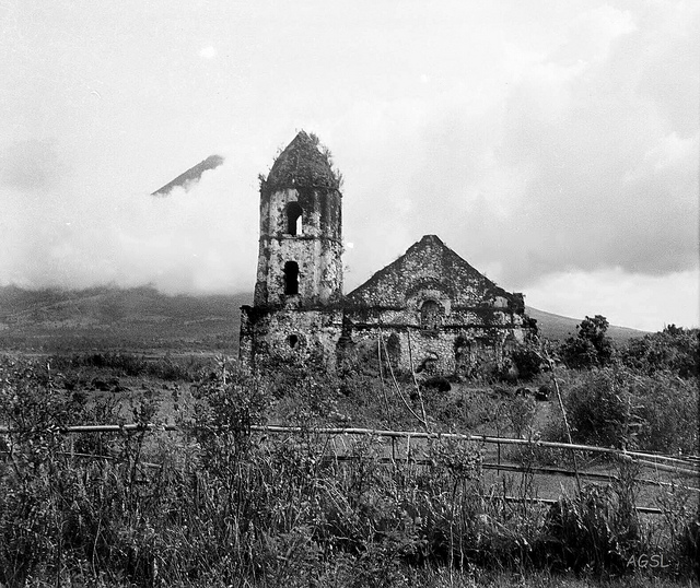 Remains of Cagsawa church that was buried by the eruption of Mt Mayon Volcano in 1814, Albay province, Southeastern Luzon, Philippines, May 14, 1934