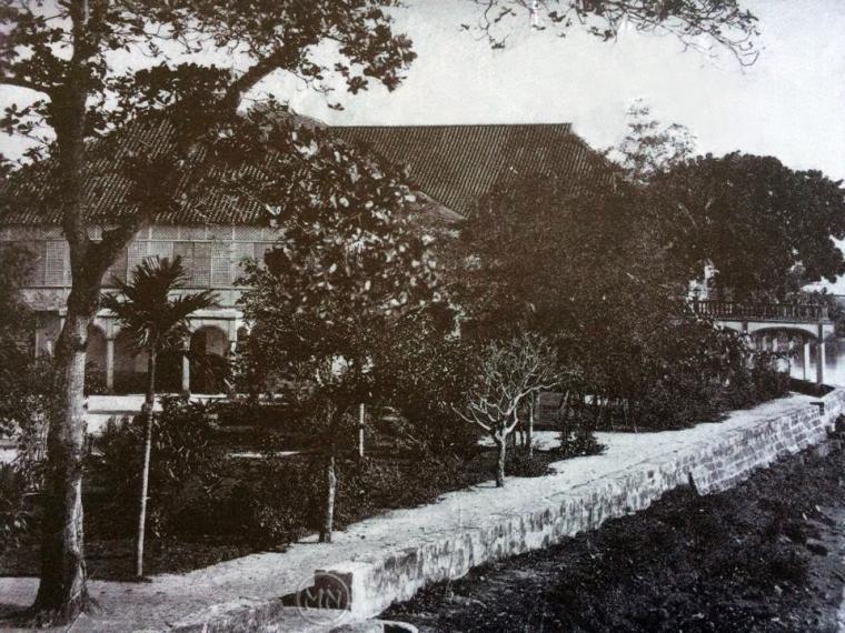 Manila-Club-Nagtahan-Russel-Sturgis-home-1876-logo