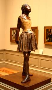 Dancer_sculpture_by_Degas_at_the_Met